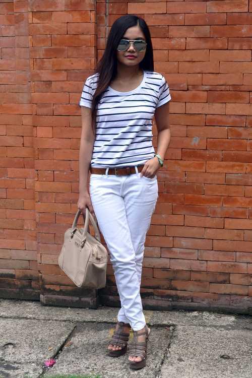 Σύνολα με λευκό παντελόνι (9)