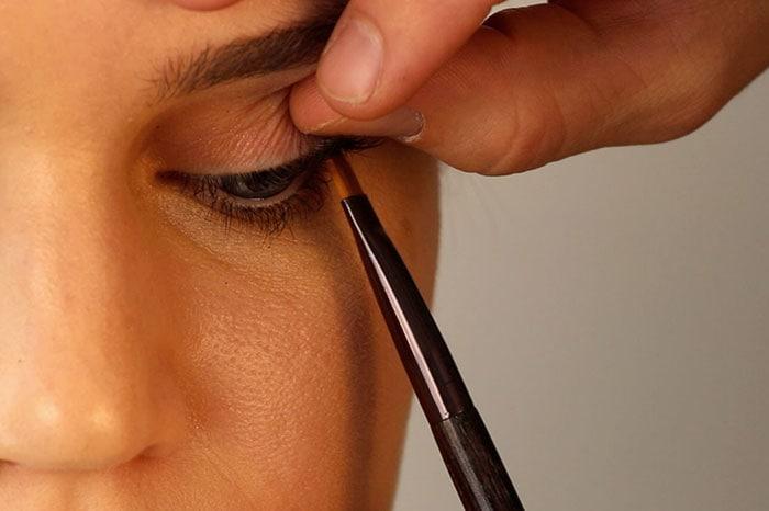 Tightlining: Η τεχνική εφαρμογής eyeliner για ακόμη πιο σαγηνευτικό βλέμμα (2)