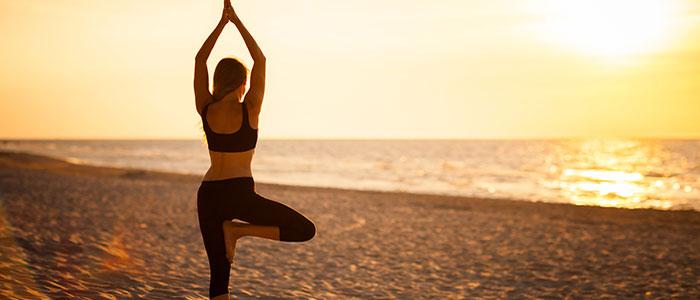Οι καλύτερες ασκήσεις yoga για αύξηση στήθους (6)