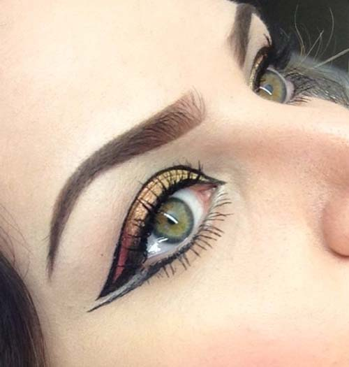 Negative Space Eye Makeup (2)