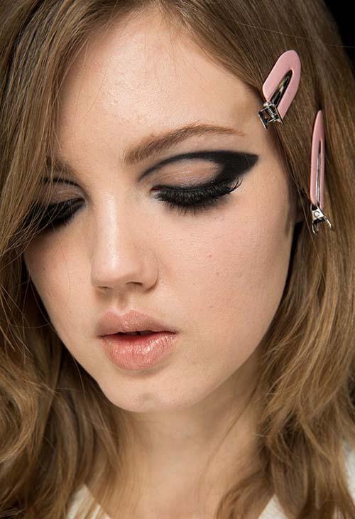 Negative Space Eye Makeup (4)