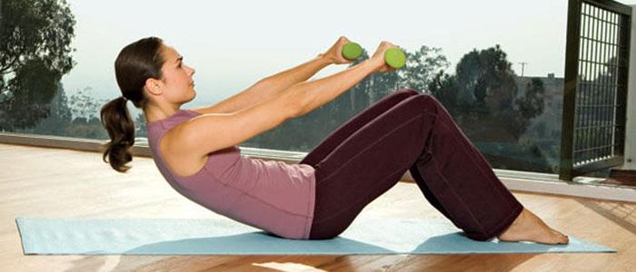 Ασκήσεις για σφιχτά και όμορφα μπράτσα χωρίς χαλάρωση (8)