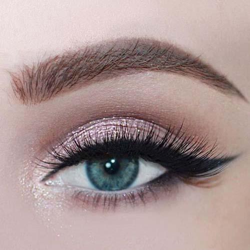 Ροζ μακιγιάζ ματιών (3)