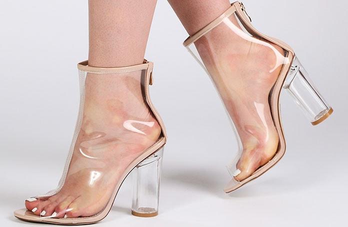 d2e0774a9e5 Άνοιξη / Καλοκαίρι 2019: Τα πιο μοντέρνα & εντυπωσιακά παπούτσια για ...