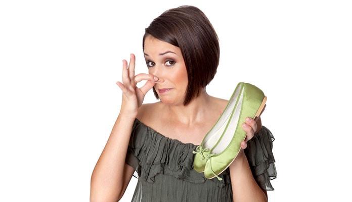 Παπούτσια που μυρίζουν: Τρόποι αντιμετώπισης της κακοσμίας (1)