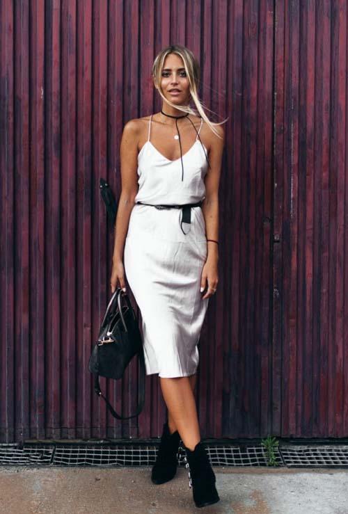 c71d020d602 Slip dress: Πως να συνδυάσετε το απλό κομψό φόρεμα σε κάθε περίσταση