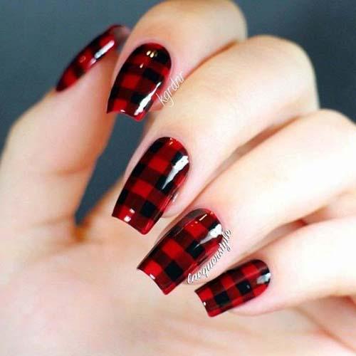 Κόκκινα νύχια (35)