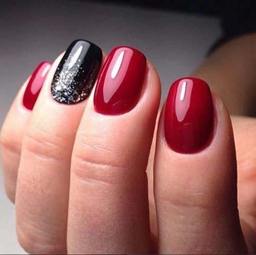 Κόκκινα νύχια (38)