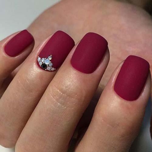 Κόκκινα νύχια (49)