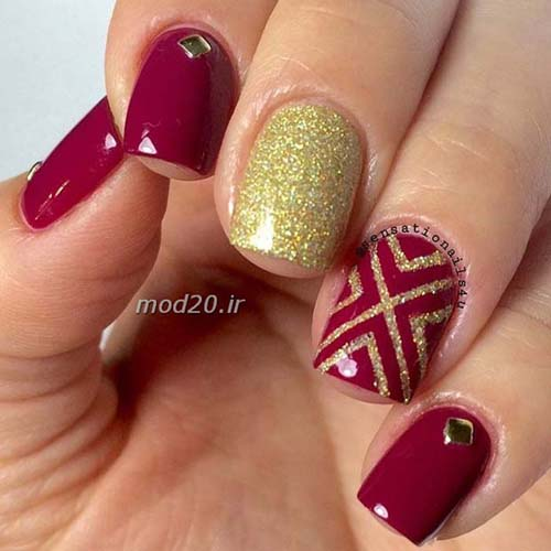 Κόκκινα νύχια (52)