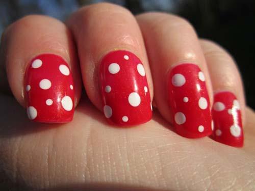 Κόκκινα νύχια (54)