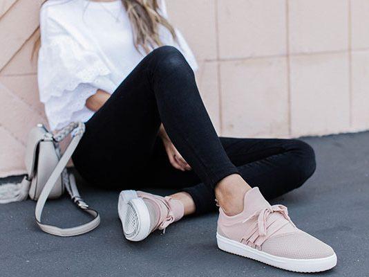 Ντύσιμο με sneakers (1)