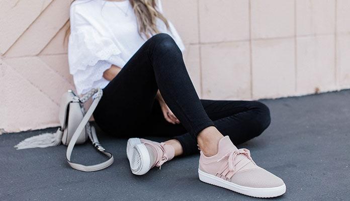 4b6e24894c5 Ντύσιμο με sneakers: 55 εντυπωσιακοί συνδυασμοί και στυλιστικά μυστικά