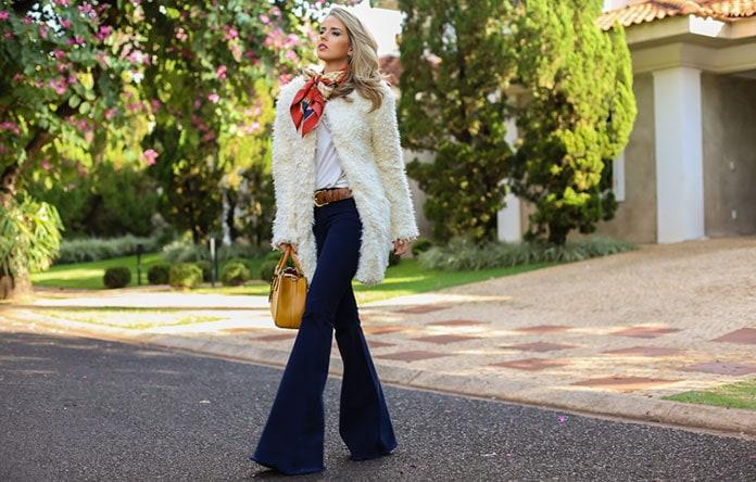 905705e0c798 Πως να φορέσετε παντελόνι καμπάνα - Στυλιστικά μυστικά   συνδυασμοί