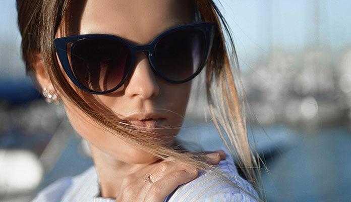 Βρείτε ποια γυαλιά ηλίου ταιριάζουν στο πρόσωπο σας - Beauté την Κυριακή b3e7218e8df