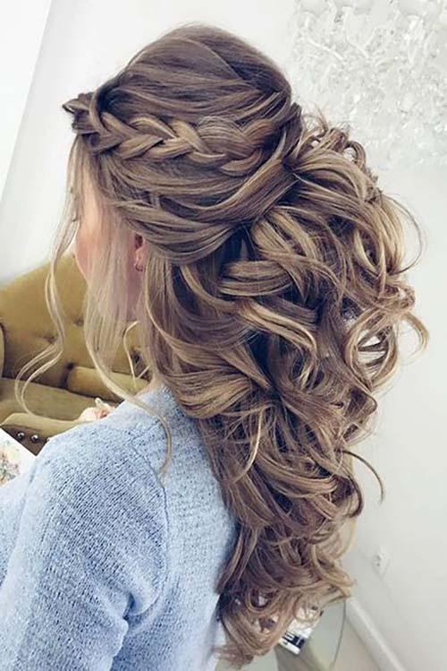 6cdff1e3515 60+ εντυπωσιακά χτενίσματα για γάμο ανάλογα με το μήκος στα μαλλιά