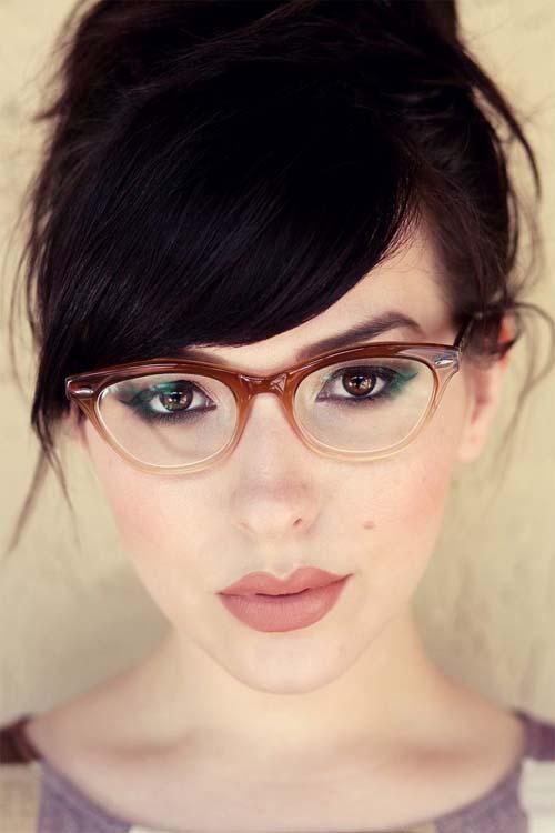 Χτενίσματα για γυναίκες με γυαλιά (17)