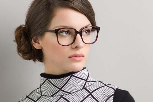 Χτενίσματα για γυναίκες με γυαλιά (22)