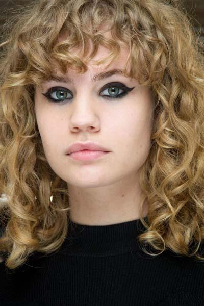 Σγουρά μαλλιά (8)