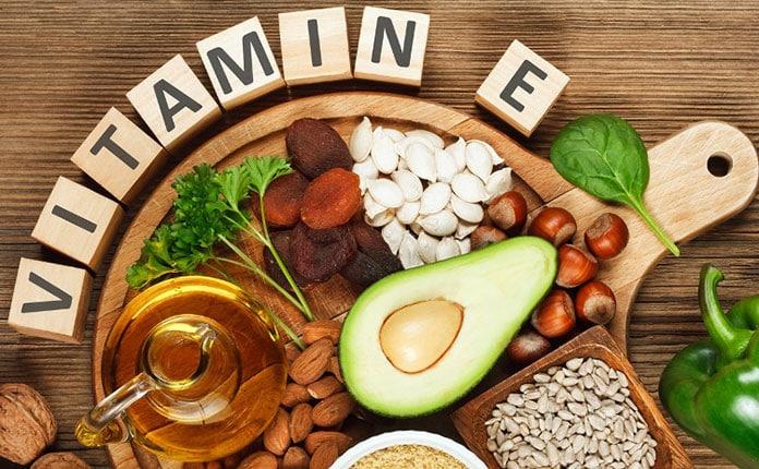 Οι καλύτερες βιταμίνες για λαμπερά και πυκνά μαλλιά με γρήγορη ... 72b822f73e3