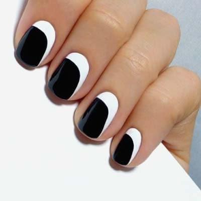 Ασπρόμαυρα σχέδια στα νύχια (11)