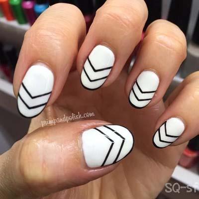 Ασπρόμαυρα σχέδια στα νύχια (23)