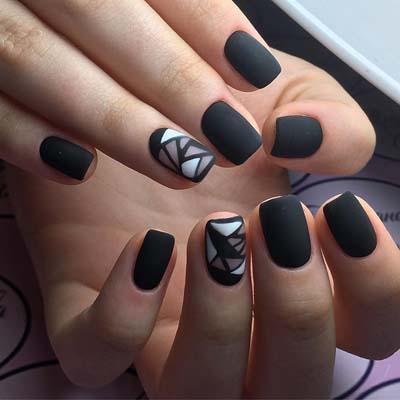 Ασπρόμαυρα σχέδια στα νύχια (25)