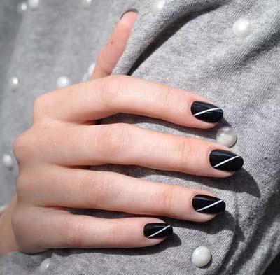 Ασπρόμαυρα σχέδια στα νύχια (29)