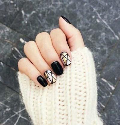 Ασπρόμαυρα σχέδια στα νύχια (37)