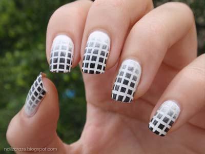 Ασπρόμαυρα σχέδια στα νύχια (44)