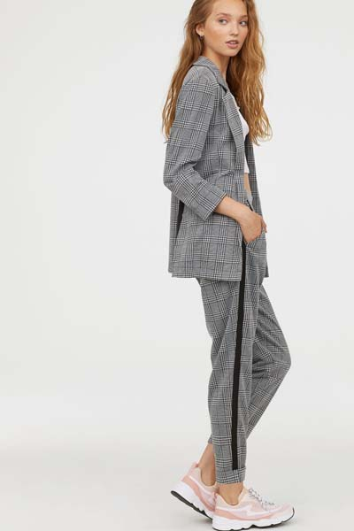 b90993a1c9e H&M Φθινόπωρο / Χειμώνας 2018-2019: Νέα κολεξιόν με γυναικεία ρούχα
