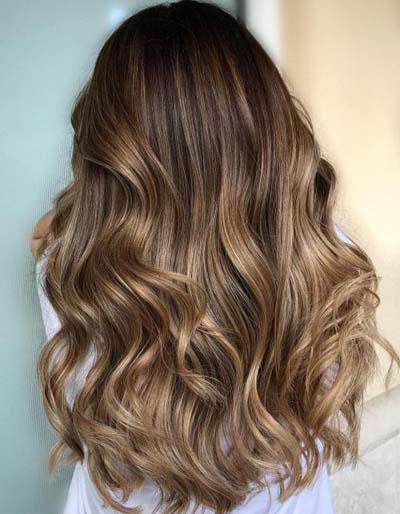 Ανταύγειες σε καστανά μαλλιά (2)
