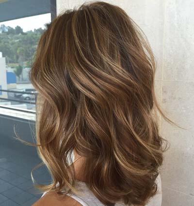 Ανταύγειες σε καστανά μαλλιά (5)