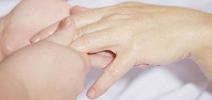 Περιποίηση και θεραπείες για αδύναμα νύχια που σπάνε και ξεφλουδίζουν (8)