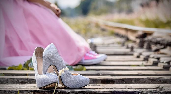 Πως να περπατάτε σωστά με τακούνια και tips για ιδανική επιλογή ... 8e83fb8ba90