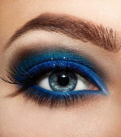 Μπλε μακιγιάζ ματιών (1)