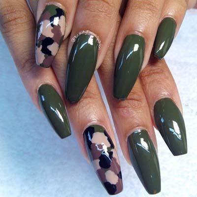 Πράσινα νύχια σε διάφορες αποχρώσεις (2)