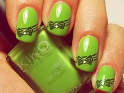 Πράσινα νύχια σε διάφορες αποχρώσεις (4)