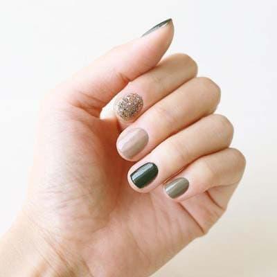 Πράσινα νύχια σε διάφορες αποχρώσεις (12)