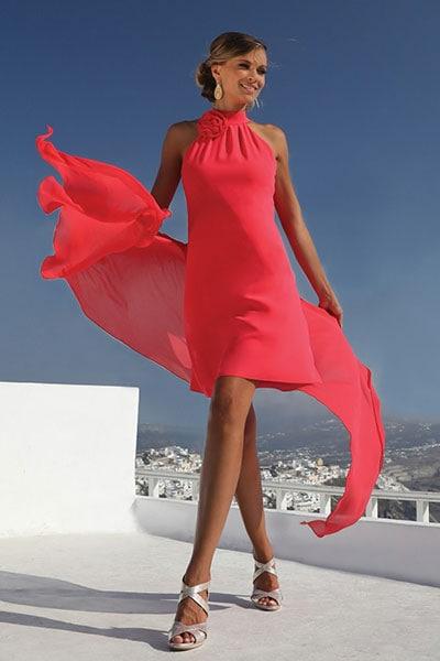 dda14a698b28 Τι να φορέσω σε γάμο ως καλεσμένη  Tips   45 σύνολα για να πάρεις ιδέες