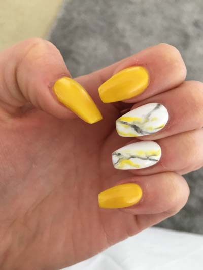 Κίτρινα σχέδια για εντυπωσιακά νύχια καλοκαιρινά (2)