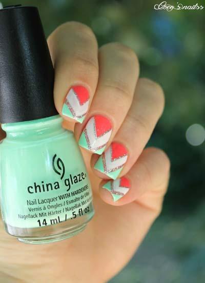 Καλοκαιρινά σχέδια στα νύχια με κοραλί μανό (4)