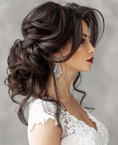 Κότσοι και σινιόν για νύφες με μακριά μαλλιά (7)