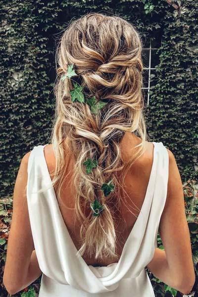 Νυφικά χτενίσματα με πλεξούδες για μακριά μαλλιά (6)
