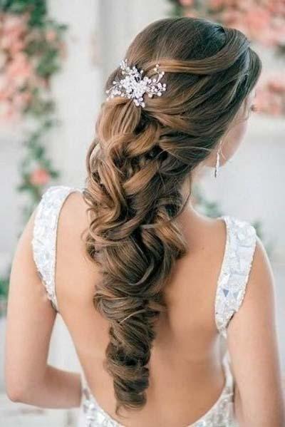 Νυφικά χτενίσματα με πλεξούδες για μακριά μαλλιά (7)