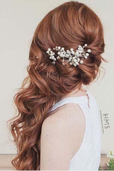 Νυφικά χτενίσματα για μακριά μαλλιά με μπούκλες (2)