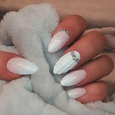 Νύχια λευκά γοργονέ (2)