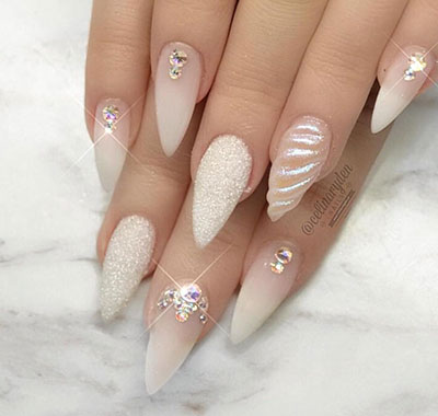 Νύχια λευκά γοργονέ (7)