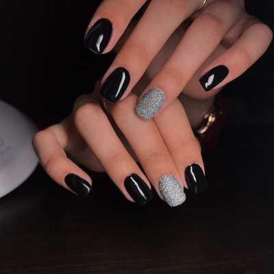 Σχέδια για μαύρα νύχια (19)