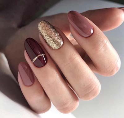 Σκούρα νύχια (2)
